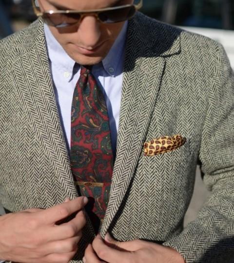 paisley-tie-harris-tweed
