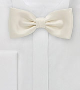 Pre Tied Bow Tie in Light Cream