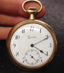 vintage-gold-pocket-watch